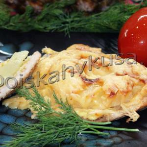 Свинина с ананасами запечённая в духовке