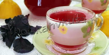 Освежающий и тонизирующий напиток из базилика и лимона
