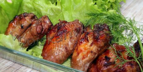 Куриные крылышки с острым перцем и имбирём