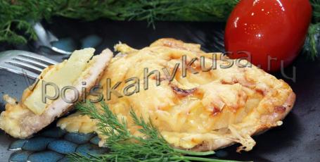 Отбивные из свинины с ананасами и сыром