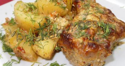 Свиные рёбрышки запечённые с картофелем
