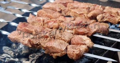 Шашлык из свинины с бальзамическим уксусом