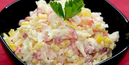 Салат Лямур. Вкусный рецепт крабового салата