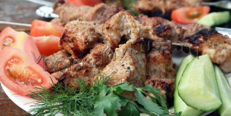 Шашлык из свинины в горчично-соевом маринаде